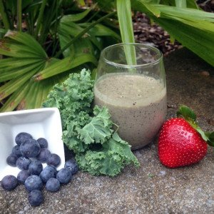 kale, smoothie, blueberry, healthy recipe, St. Patrick's Day