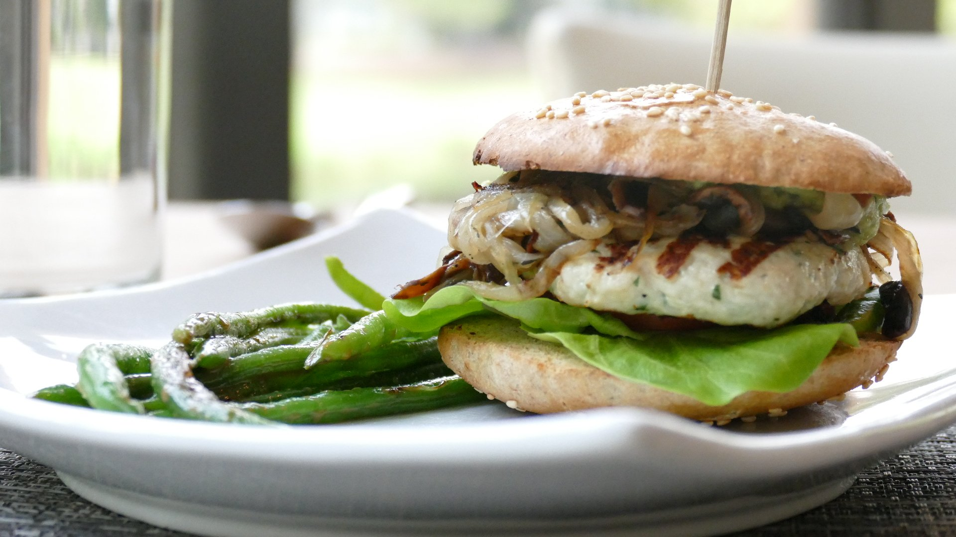 H3's Turkey Burger is simple and flavorful